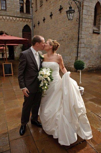 0309 sg1 3723 monitor pixelgaertner - Tanja und Tom auf Schloss Marienburg