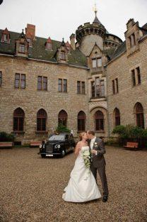 0432 sg1 4157 monitor pixelgaertner 208x313 - Tanja und Tom auf Schloss Marienburg