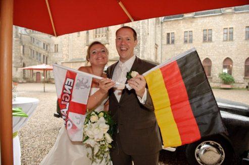 0486 sg1 4357 monitor pixelgaertner 493x328 - Tanja und Tom auf Schloss Marienburg