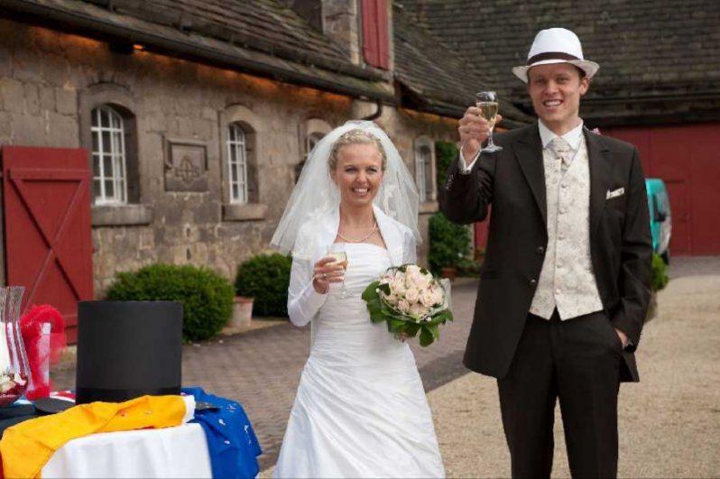 0573 798x531 - Ella und Evan auf Schloss Hämelschenburg