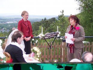 100 4404 310x232 - Astrid und Willi auf der Terrasse des Maltermeister Turm Goslar