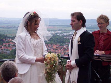 100 4413 427x320 - Astrid und Willi auf der Terrasse des Maltermeister Turm Goslar