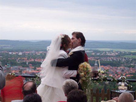 100 4415 448x336 - Astrid und Willi auf der Terrasse des Maltermeister Turm Goslar