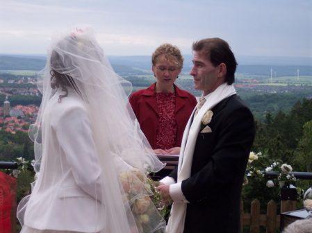 100 4416 449x336 - Astrid und Willi auf der Terrasse des Maltermeister Turm Goslar