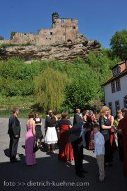 14 G 182x274 - Kerstin und Marcus auf der Burg Nörten Hardenberg