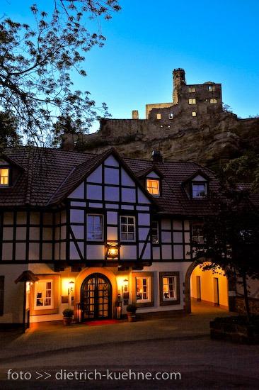 94 G - Kerstin und Marcus auf der Burg Nörten Hardenberg