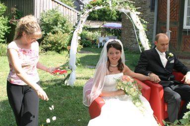 IMG 8468 383x255 - Marina & Frank im Garten des St. Annen Hauses Goslar