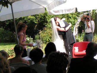 PICT3529 327x245 - Marina & Frank im Garten des St. Annen Hauses Goslar