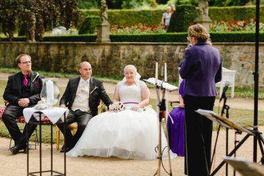 WEB 103 382x255 - Jasmin und Marcel Open Air Schlossromantik in Blankenburg