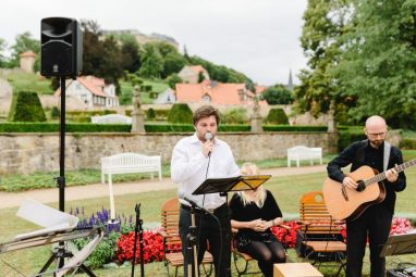 WEB 258 382x255 - Jasmin und Marcel Open Air Schlossromantik in Blankenburg