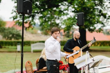 WEB 267 382x255 - Jasmin und Marcel Open Air Schlossromantik in Blankenburg