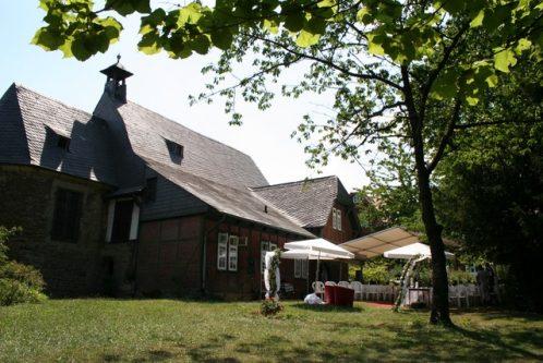 fuhr 078 498x333 - Marina & Frank im Garten des St. Annen Hauses Goslar