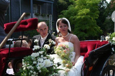 fuhr 127 472x315 - Marina & Frank im Garten des St. Annen Hauses Goslar