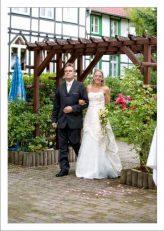 hoa 118 kopie 164x231 - Isabel und Sebastian im Garten des Waldhaus Osterwieck