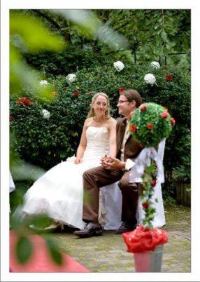 hoa 135 kopie 286x402 - Isabel und Sebastian im Garten des Waldhaus Osterwieck