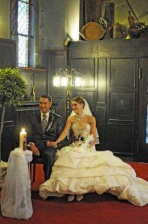hochzeit hase 0874 217x327 - Eva und Hendrik - Ein Wintermärchen in Goslar