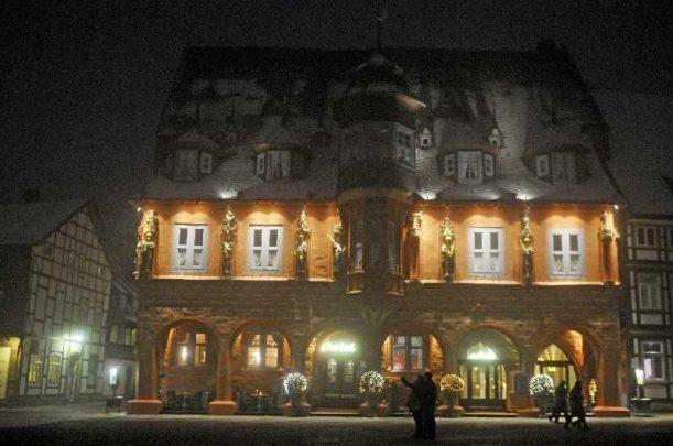 hochzeit hase 1011 611x405 - Eva und Hendrik - Ein Wintermärchen in Goslar