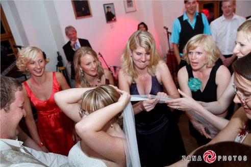 Elke Rott - Die Zeremonie - Freie Trauungen - Foto ZANA PHOTOS