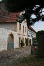 stein 050 153x229 - Das Rittergut Dorstadt