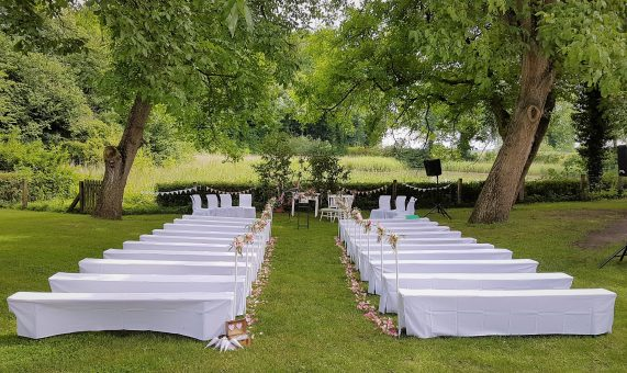 Elke Rott - Die Zeremonie - Freie Trauungen - Altenrode