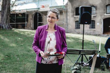Elke Rott - Die Zeremonie - Freie Trauung Rittergut EventGut Lucklum Braunschweig Wolfsburg  - Foto Romina Amore