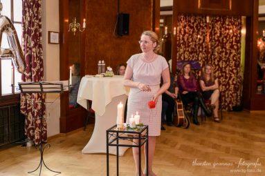 Elke-Rott_Freie-Trauungen_Foto-Thorsten-Grannas41