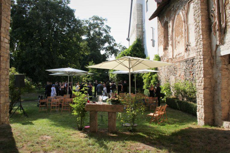Elke Rott - Die Zeremonie - Freie Trauungen - Dorstadt