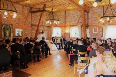 Elke Rott - Die Zeremonie - Freie Trauungen - Bauern-Café