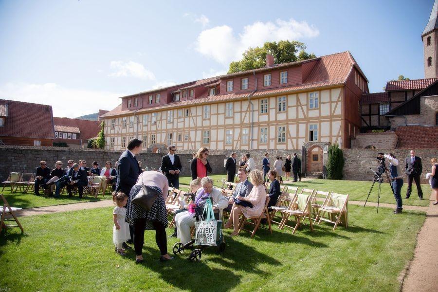 FO7A1923 Kopie - Der schönste Dienstag aller Zeiten - Heiraten und Hochzeit feiern mitten in der Woche - Traum-Zeremonie...
