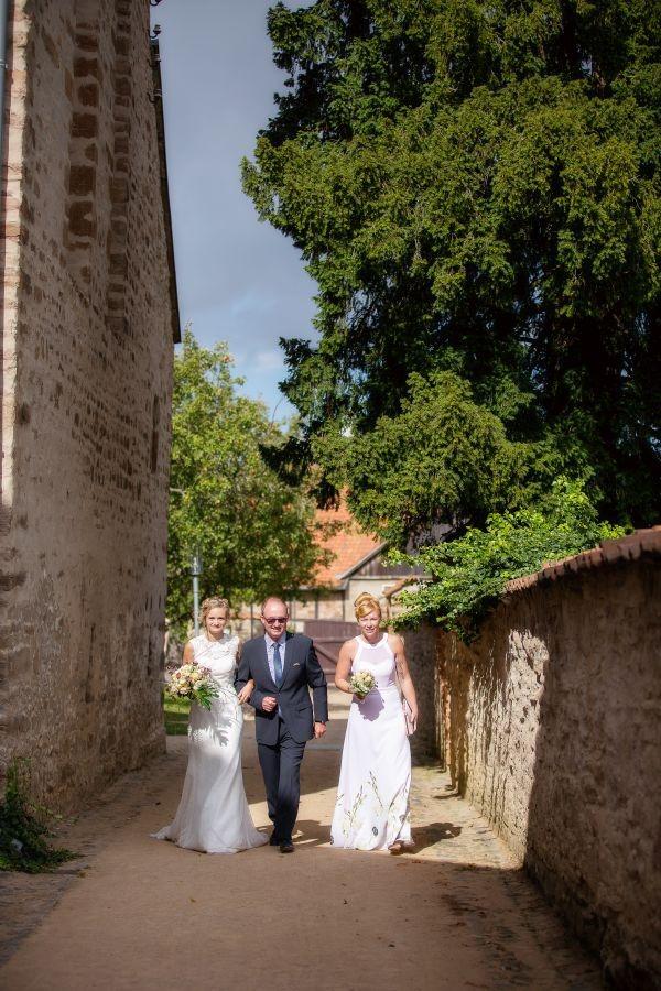 Freie Trauung Kloster Drübeck Wernigerode - Elke Rott Die Zeremonie - Foto Inka Bäthge