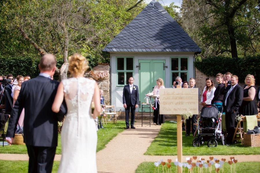 FO7A2043 Kopie - Der schönste Dienstag aller Zeiten - Heiraten und Hochzeit feiern mitten in der Woche - Traum-Zeremonie...