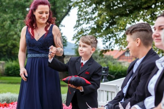 """Hochzeit Trauung Marion und Armin 120 von 244 576x384 - Marion & Armin in Blankenburg * Mit """"4 Hochzeiten"""" ins Glück"""