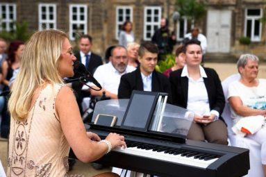 """Hochzeit Trauung Marion und Armin 49 von 244 383x255 - Marion & Armin in Blankenburg * Mit """"4 Hochzeiten"""" ins Glück"""