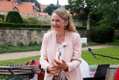 """Hochzeit Trauung Marion und Armin 79 von 244 382x255 - Marion & Armin in Blankenburg * Mit """"4 Hochzeiten"""" ins Glück"""
