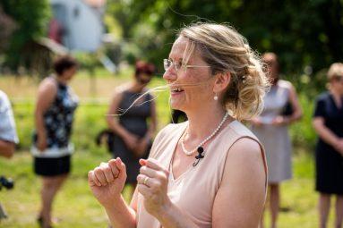er - Elke Rott - Die Zeremonie  -  Foto Thomas Göbert