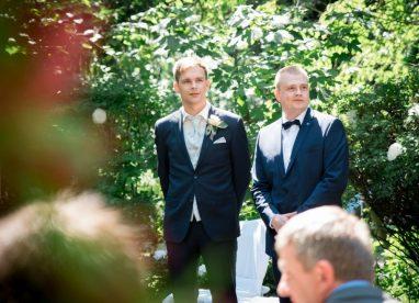 WeddingF 5759 382x276 - Kathrin und Marc im Waldhaus Osterwieck