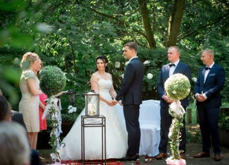 WeddingF 6241 447x323 - Kathrin und Marc im Waldhaus Osterwieck