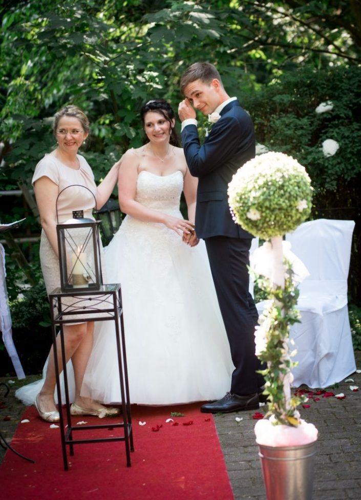 WeddingF 6342 705x976 - Kathrin und Marc im Waldhaus Osterwieck