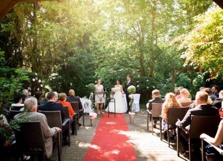 WeddingF 6374 447x323 - Kathrin und Marc im Waldhaus Osterwieck