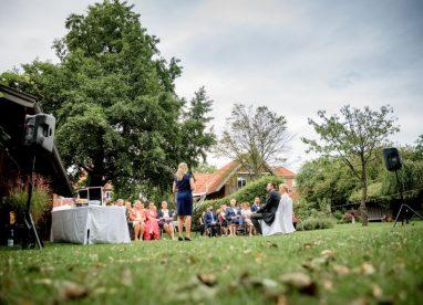 WeddingMA 178 382x276 - Maxi und Andi im Landhaus Burgwedel Hannover
