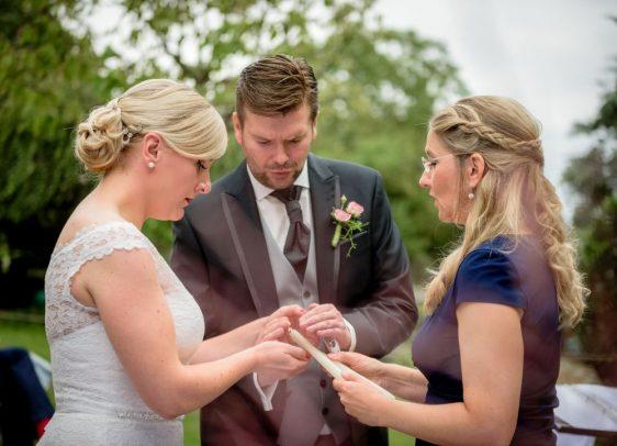 WeddingMA 185 562x406 - Maxi und Andi im Landhaus Burgwedel Hannover