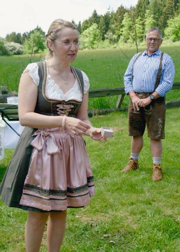 elke rott freie trauung harz berge goslar108 583x816 - Verliebt in die Berge - Ela und Maik