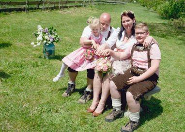 elke rott freie trauung harz berge goslar114 382x273 - Verliebt in die Berge - Ela und Maik