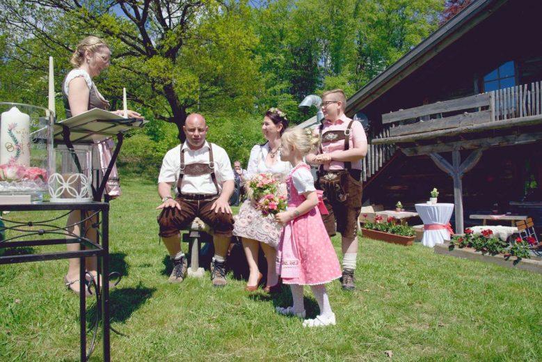 elke rott freie trauung harz berge goslar89 779x520 - Verliebt in die Berge - Ela und Maik