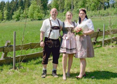elke rott freie trauung hochzeit harz berge goslar132 382x273 - Verliebt in die Berge - Ela und Maik
