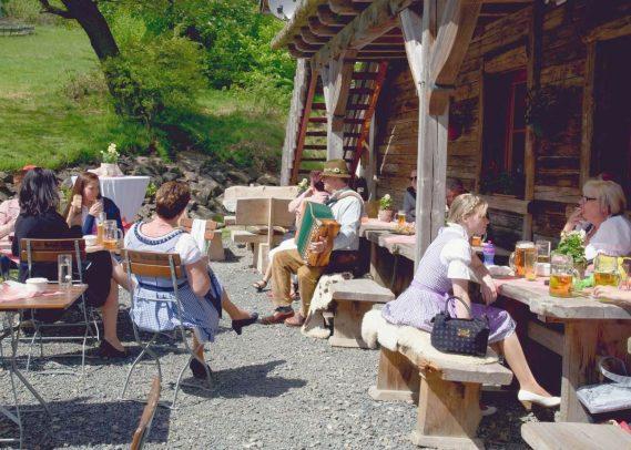 elke rott freie trauungen harz berge goslar05 569x406 - Verliebt in die Berge - Ela und Maik