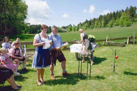 elke rott freie trauungen harz berge goslar48 476x318 - Verliebt in die Berge - Ela und Maik